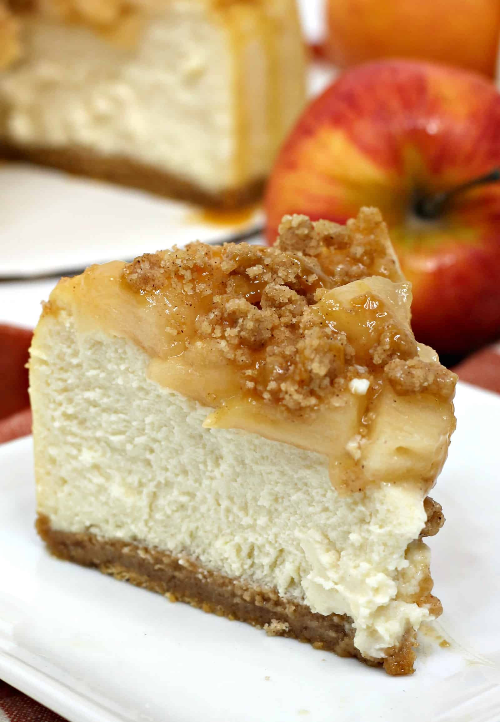 apple pie cheesecake slice