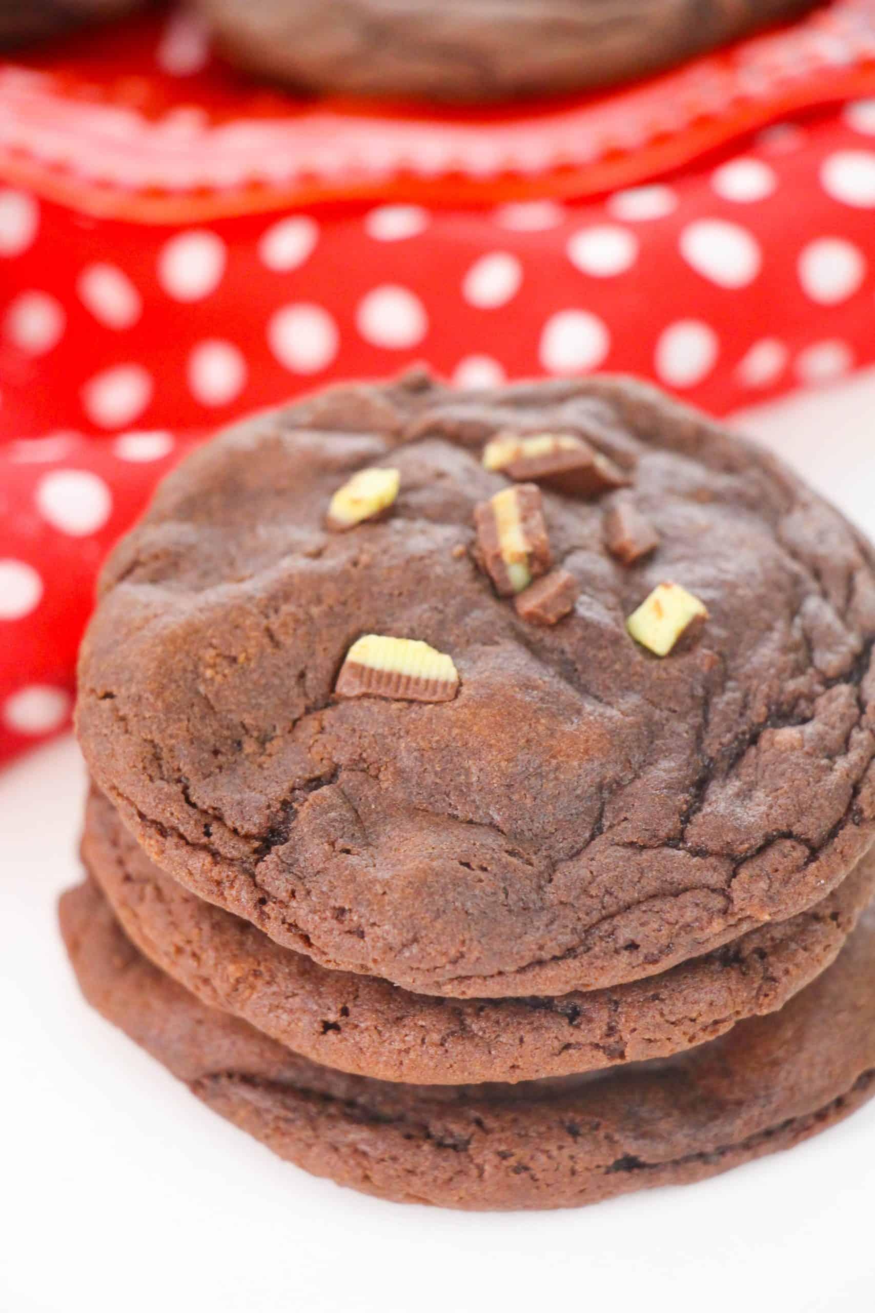Peppermint Stuffed Cookies