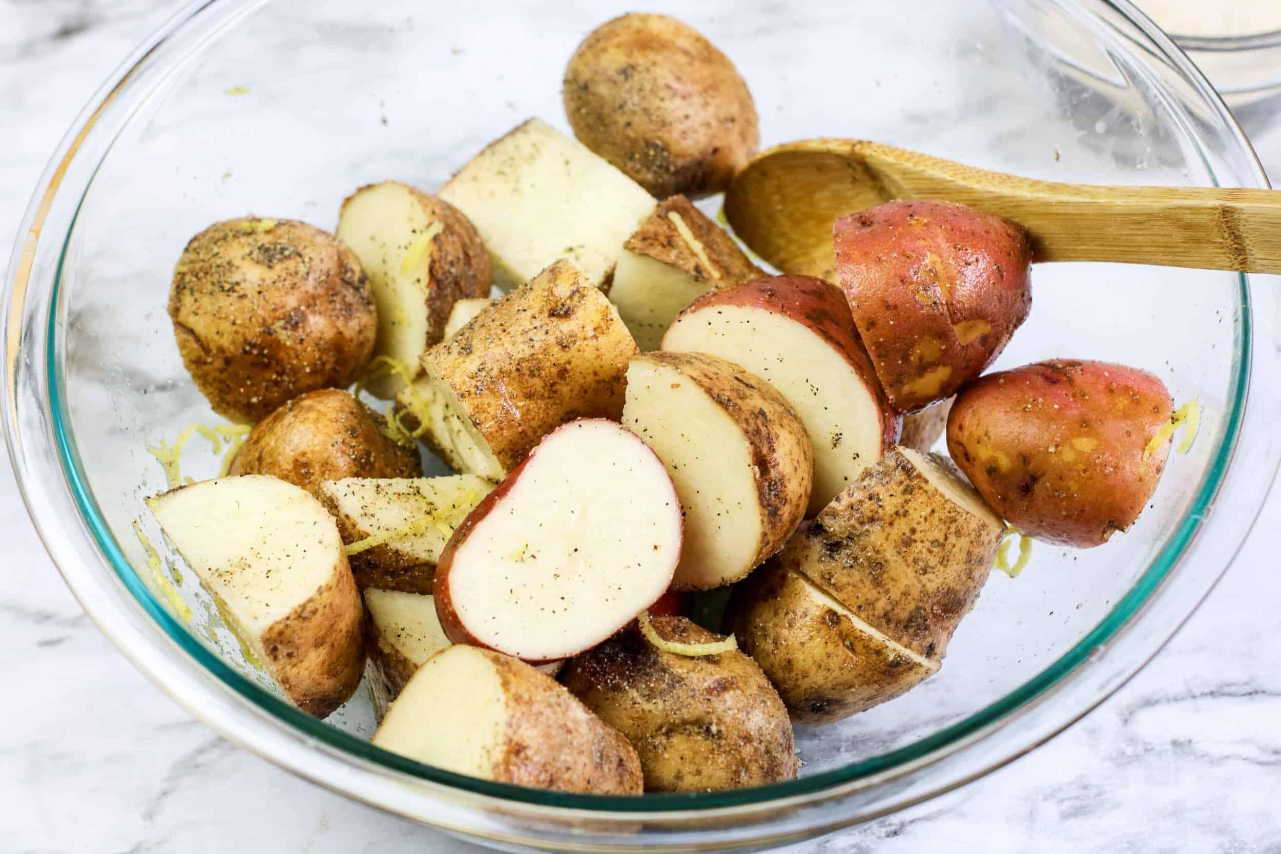sliced potatoes in bowl