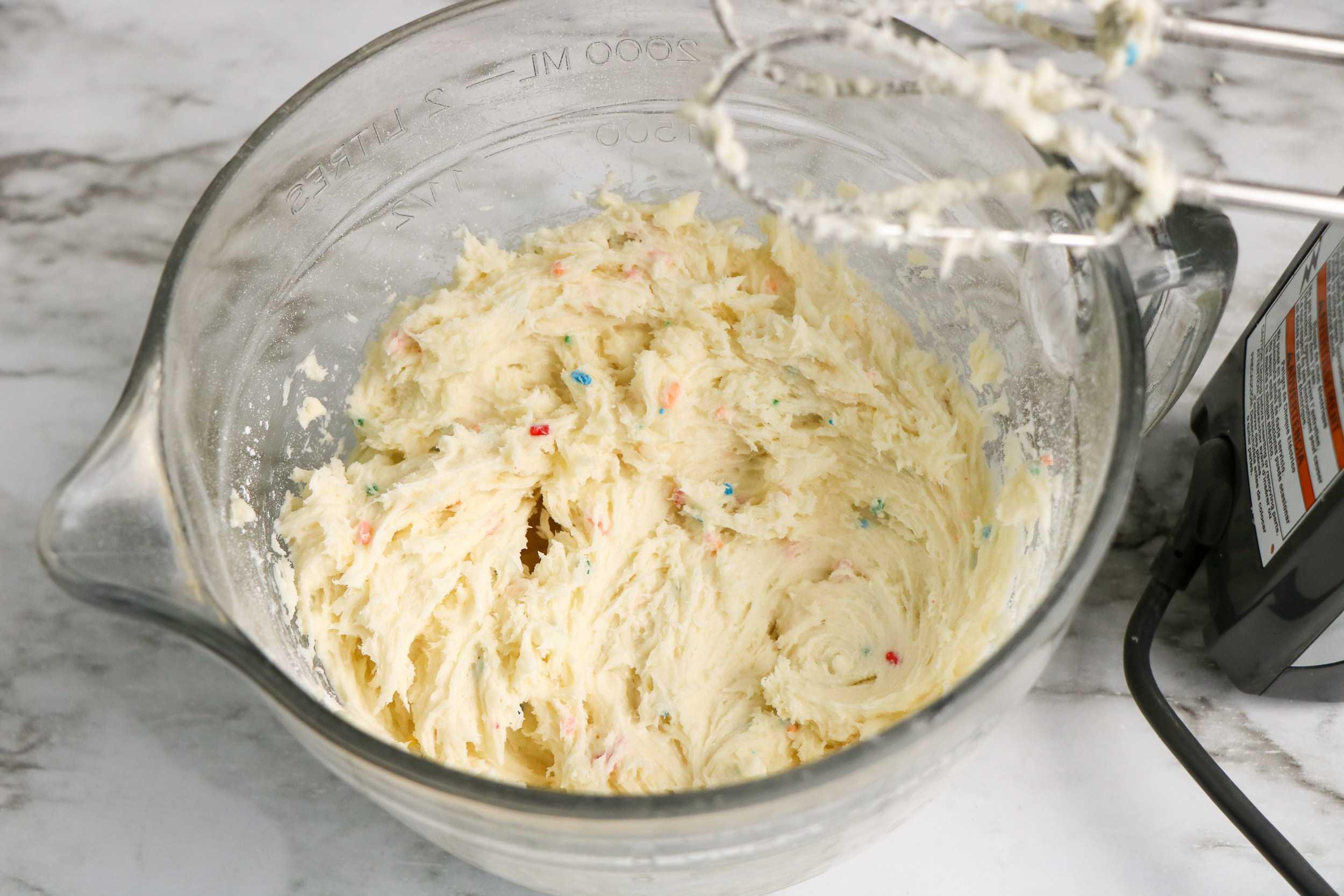 Funfetti Cake mix in bowl